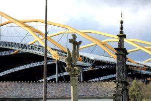 Central das Pontes que Endesa abriu há 42 anos, aproveitando os jazigos de lignito.