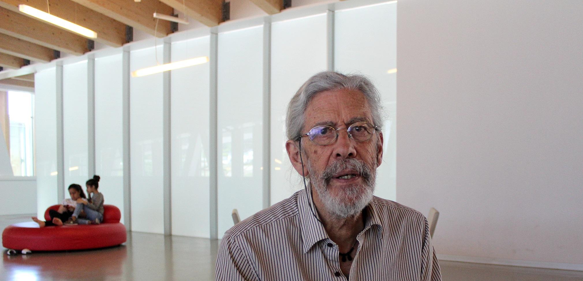 Tomás Rodríguez-Villasante. 1946, Galiza. Profesor emérito na Facultade de Ciencias Políticas e Socioloxía da Universidade Complutense.
